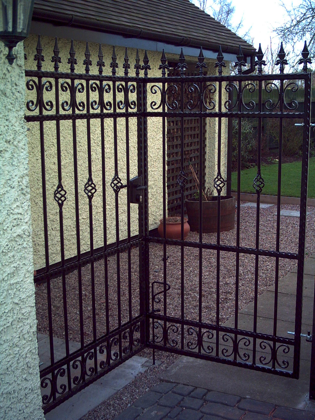 Wrought Iron Gates: Wrought Iron Gates & Railings